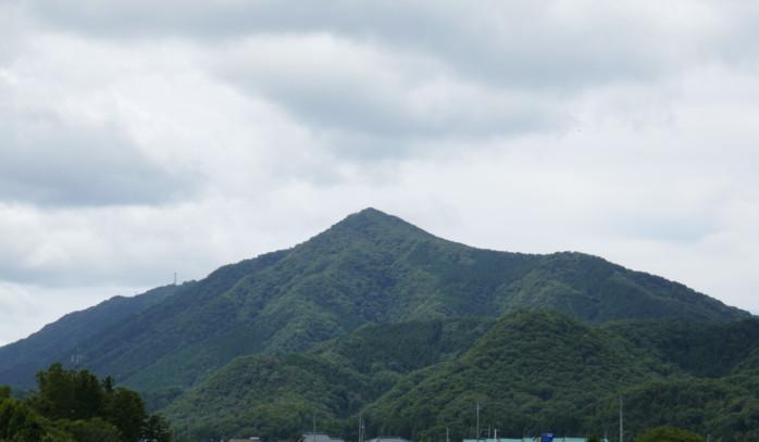 真夏の新潟『多宝山』トレッキング 丸小山公園~天神山城~多宝山  歴史の小道から登山道へ そしてときどき山頂グルメ
