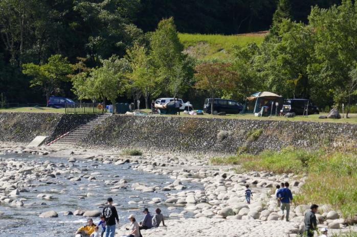 新発田市『滝谷森林公園』新潟市内から約1時間、加治川に隣接したキャンプサイトは癒しの空間