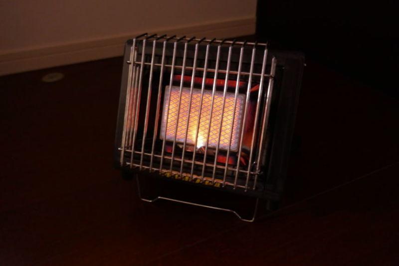 キャンプの暖房を考える。『ニチネン ミスターヒート』カセットガスヒーターを購入