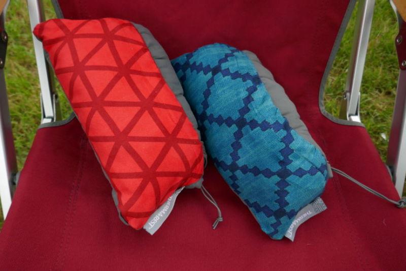 サーマレスト コンプレッシブルピロー 寝心地柔らか朝まで快眠、コンパクトに収納できるキャンプピローです