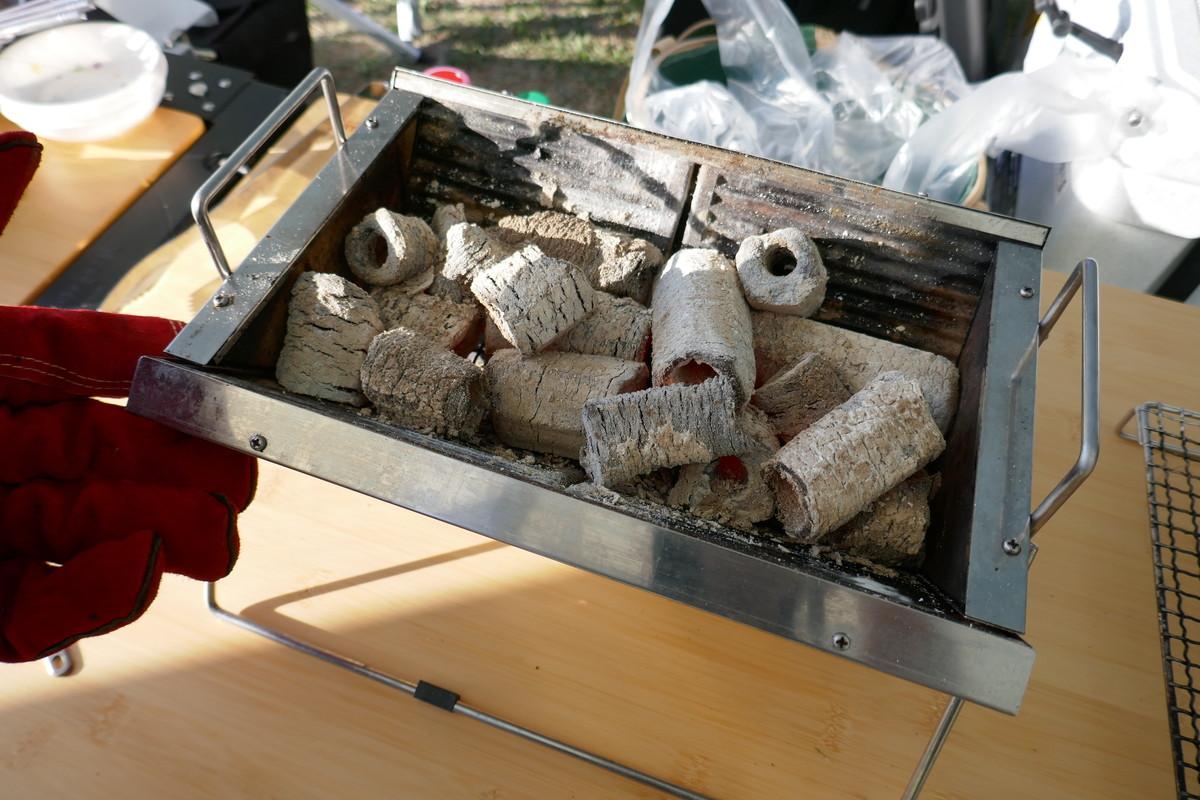 BBQに適した炭は?上質でリーズナブルな「オガ炭」をおすすめします